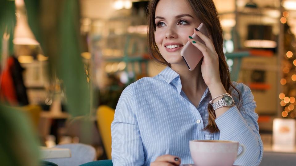 В России поднимут абонентскую плату на услуги сотовой связи